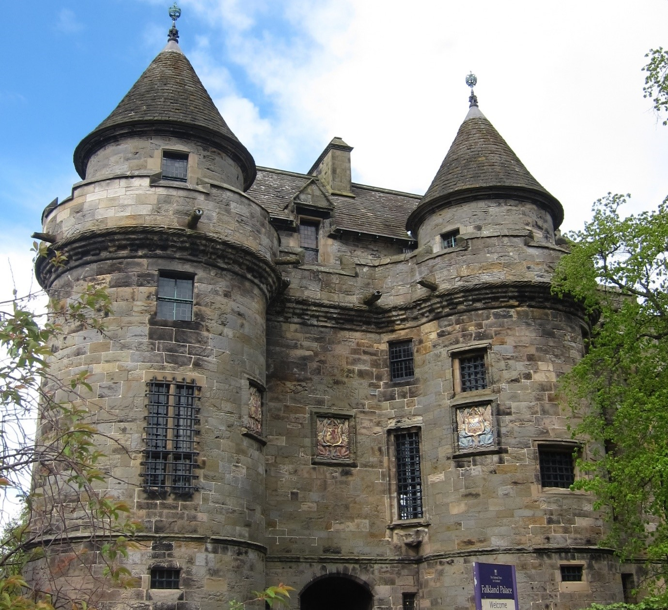Falkland-Palace-–-remodelled-by-James-V-in-Renaissance-style-©-Tudor-Times-2015