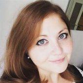 Interview with Lauren Mackay