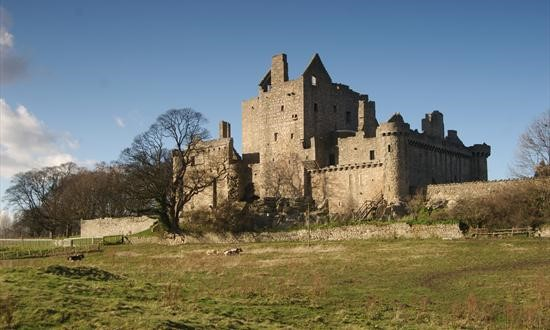 Craigmillar-Castle-where-James-was-taken-to-avoid-plague-in-1517
