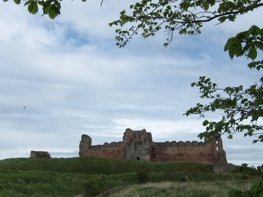 Tantallon-Castle-©-Tudor-Times-Ltd